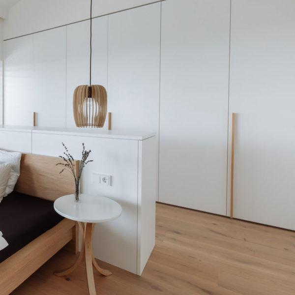 Holzplatte-online-schrank-nach-mass-online-bestellen